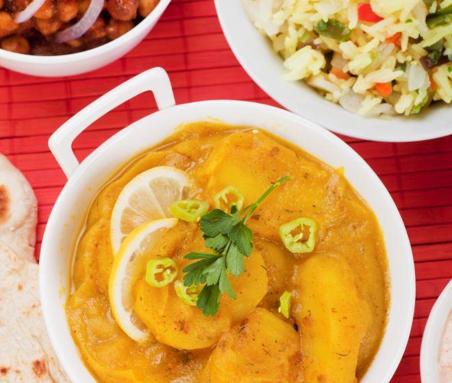curry-di-patate-vegetariano-vegano