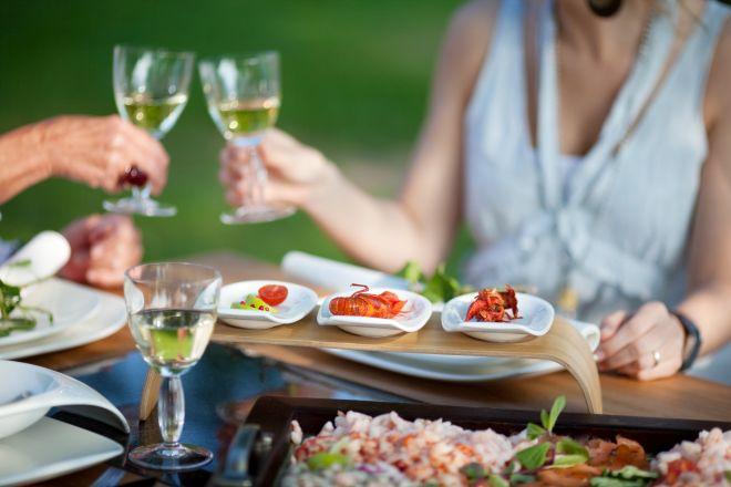 Galateo: Come comportarsi a tavola