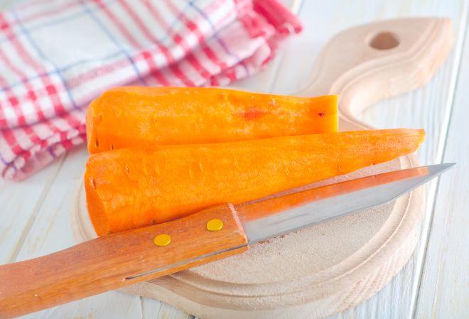 scuola-di-cucina-come-pelare-le-carote