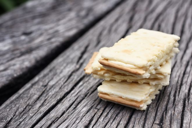 Merende per la scuola cracker fatti in casa mamma felice for Case di cracker di florida