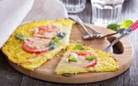 pizza-con-base-crosta-di-cavolfiore-vegetale-dieta