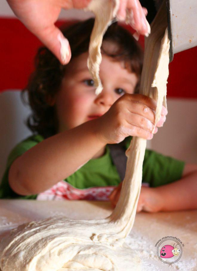 cucinare-con-i-bambini-esercizi-vita-pratica-montessori