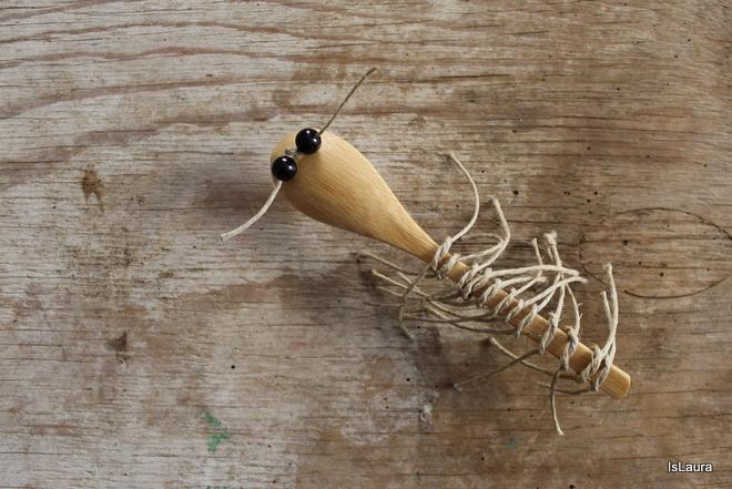 millepiedi-con-il-cucchiaio-di-legno.