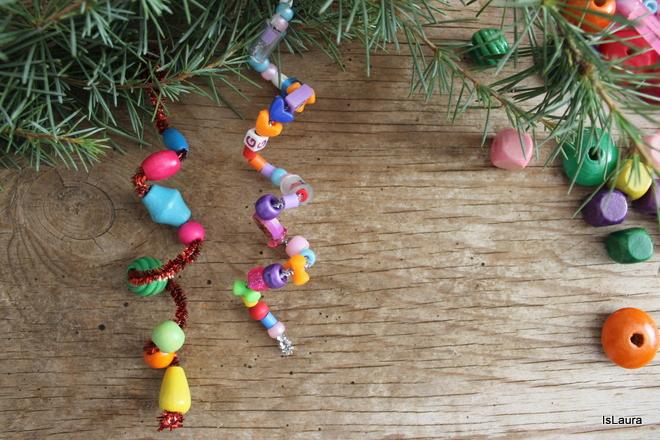 Lavoretti Di Natale Con Perline.Decorazioni Di Natale Con Nettapipe E Perline Mamma Felice