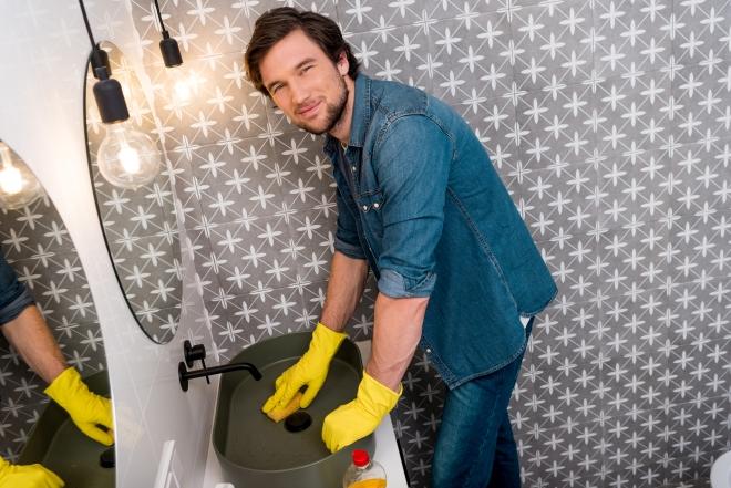 come-fare-pulizie-bagno-rapide-veloci