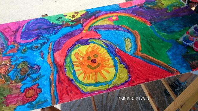 dipingere-sul-legno-lavoretti-giochi-creativi-bambini