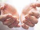 Psoriasi e pregiudizi: a chi chiedere aiuto