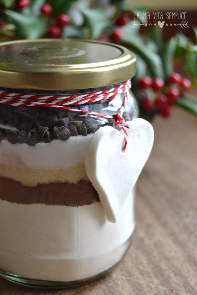 Preparato per torta al cioccolato e mandorle