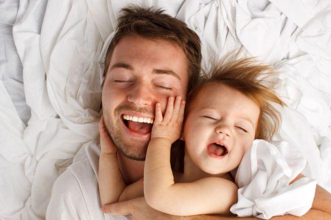 bagnetto-neonati-bambini-momento-speciale-papa
