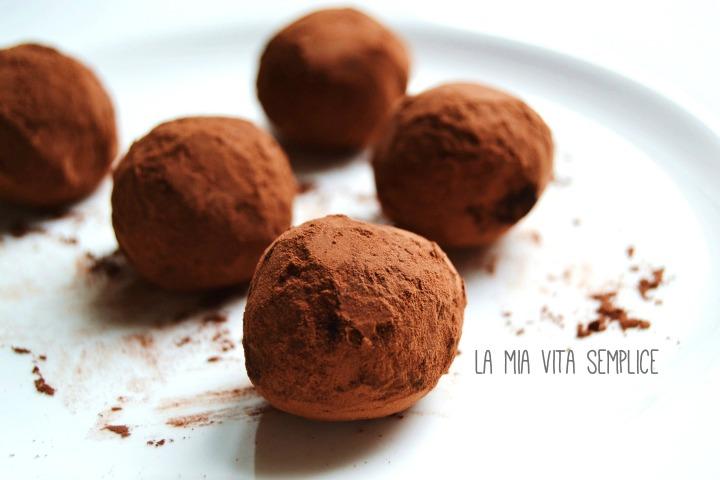 Tartufi al cioccolato fondente fai da te