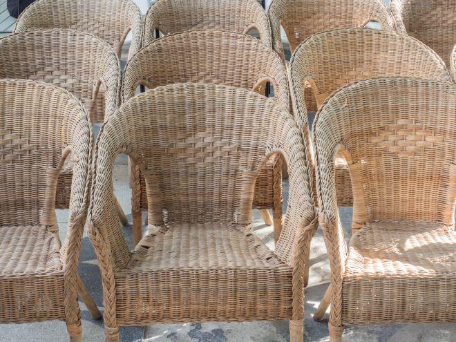Sedie In Rattan Da Interno : Come pulire e smacchiare le sedie in vimini mamma felice