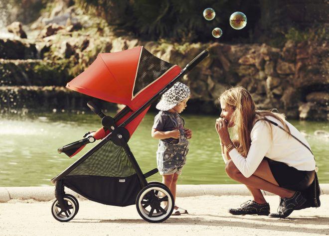 come-scegliere-trio-passeggino-navicella-ovetto-bambini-sicurezza-auto