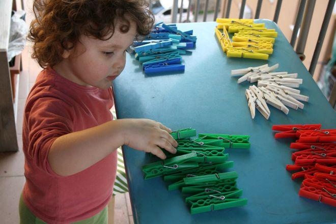 Montessori a casa attivit dai 12 ai 18 mesi mamma felice for Cucinare x bambini
