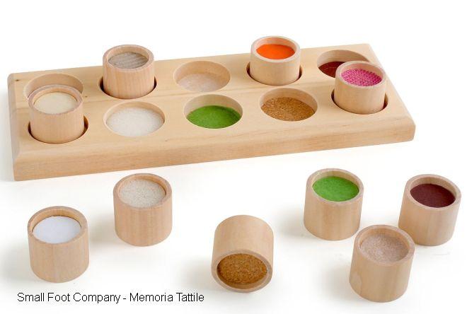 gioco-montessori-incastri-memoria-tattile