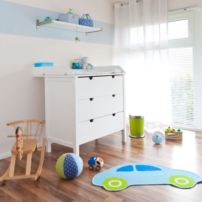 Come allestire la zona del cambio pannolino in casa for Montessori kinderzimmer