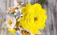 lavoretti-con-la-carta-crespa-bambini-fiori