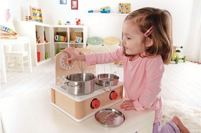 metodo-montessori-gioco-simbolico-cucina-legno-portatile