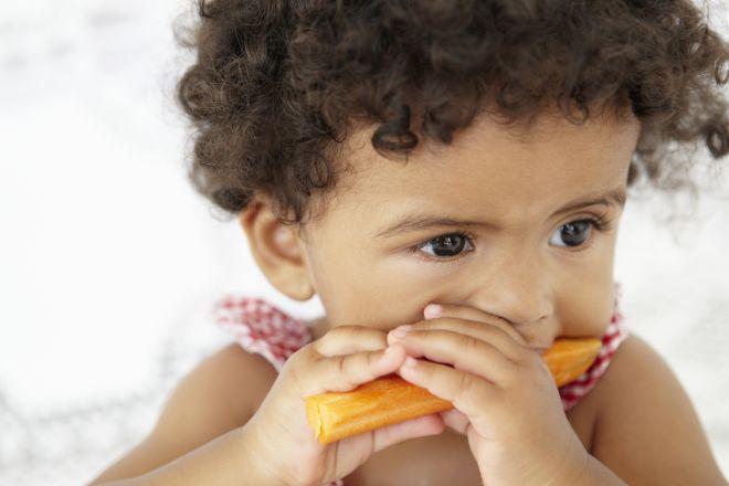 svezzamento-alimentazione-complementare-autosvezzamento