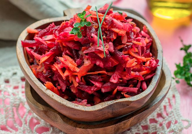ricette-vegetariane-insalata-barbietole
