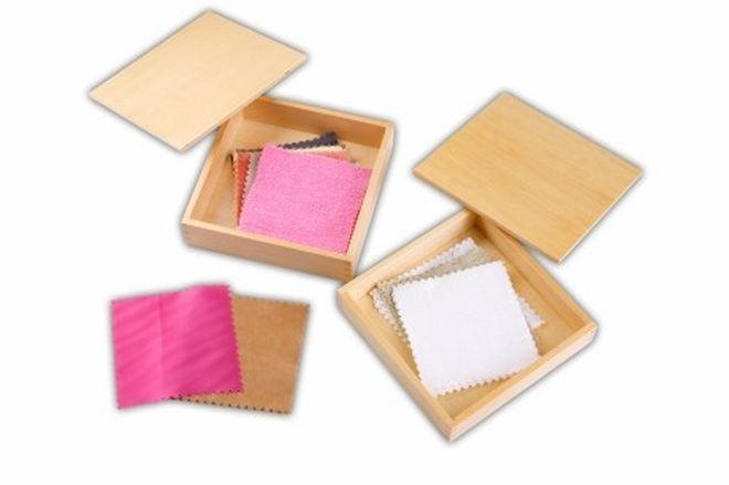 scatola-stoffe-tessuti-montessori-senso-tatto