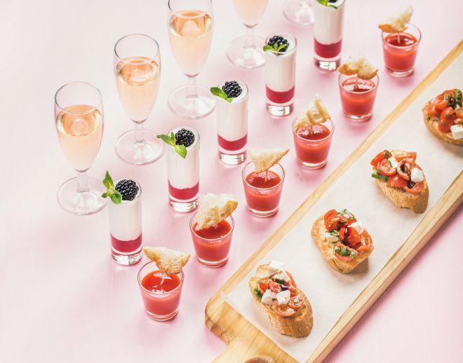 apericena-aperitivo-formale-elegante-vini-bevande-menu-buffet