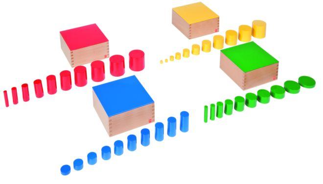 materiali-montessori-cilindri-colorati