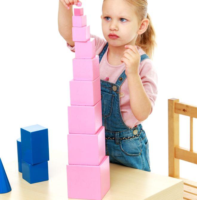 materiali-montessori-torre-rosa