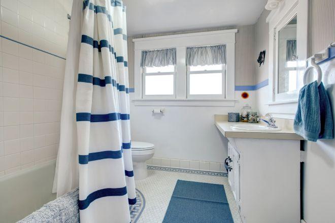 pulire-bagno-a-fondo-profondita-igienizzare
