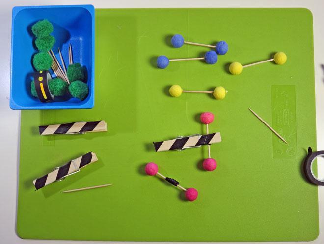 tutorial-creativo-mammafelice_pista-macchinine-faidate-bambini