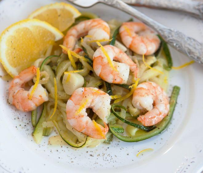 ricette-per-cena_pesce-gamberi-verdure-padella