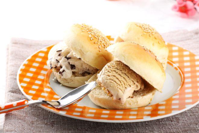 colazione-estate-briosche-siciliana-gelato