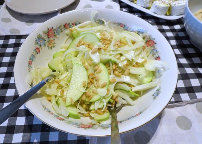 insalata-finocchi-mela-verde-pinoli