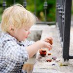 Come scegliere una babysitter in ottica Montessori