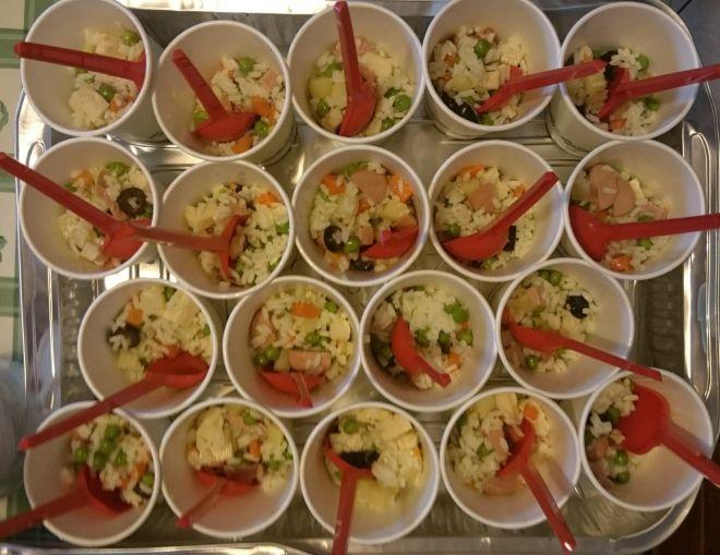 Come organizzare un buffet in giardino per tante persone for Cucinare per 300 persone