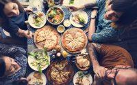 come-organizzare-pizzata-cena-base-pizza-casa-0