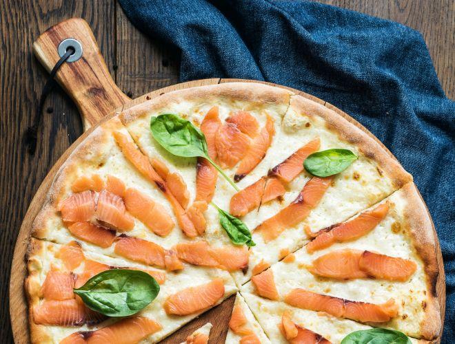 come-organizzare-pizzata-cena-base-pizza-casa-