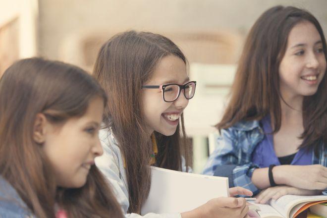 come-aiutare-bambini-fare-compiti