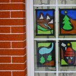 Lavoretti di Natale per bambini: decorazioni per finestre