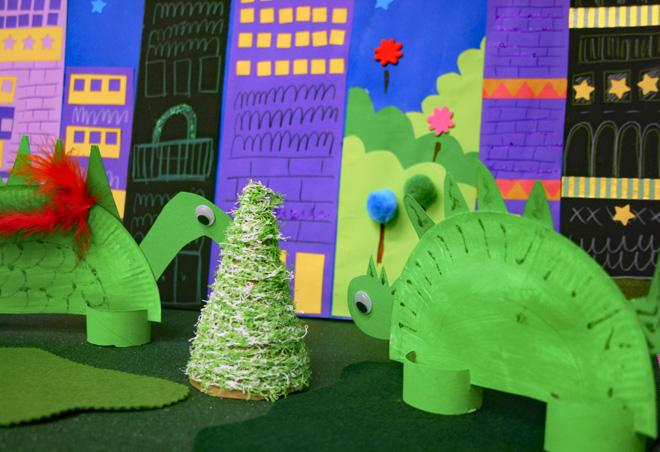 creare-con-bambini-lavoretti-dinosauri-carta-colla-stic-collage