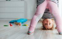 sviluppare-linguaggio-bambini-piccoli-che-urlano-non-sanno-parlare