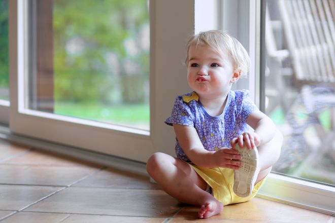 sviluppare-linguaggio-bambini-piccoli-che-urlano-non-sanno-parlare-comunicare