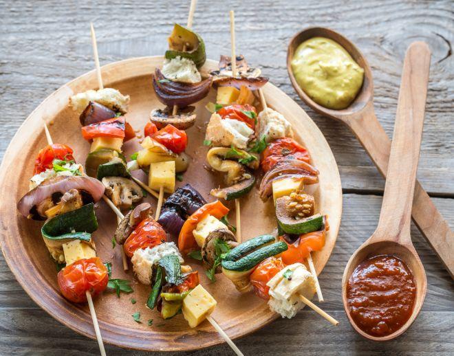 idee-ricette-pranzo-al-sacco-freddo-centro-estivo-estate-ragazzi_spiedini-verdura