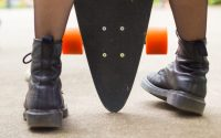 Come abbinare le Dr Martens: 3 modi per indossarle