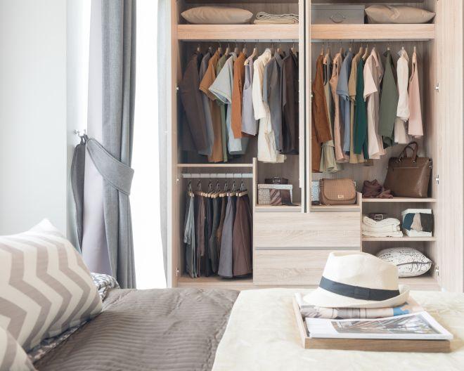 come-organizzare-ordinare-armadio-guardaroba