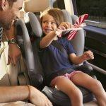 In partenza per le vacanze: consigli per viaggiare in auto con i bambini