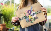 gratitudine-pace-amicizia-felicita-generosita-essere-felici