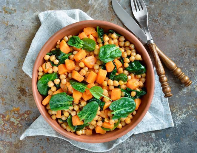 ricette-con-zucca_insalata-ceci-spinaci