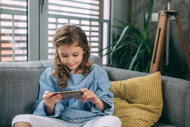 nativi-digitali-cyberbullismo-reati-come-tutelare-figli-minorenni