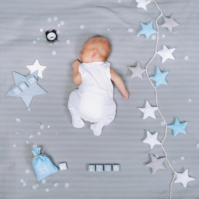 come-cambiare-pannolino-neonati-maschi-femmine