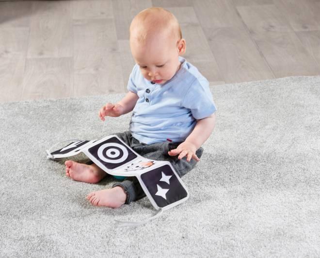 attivita-sviluppo-psicofisico-neonati